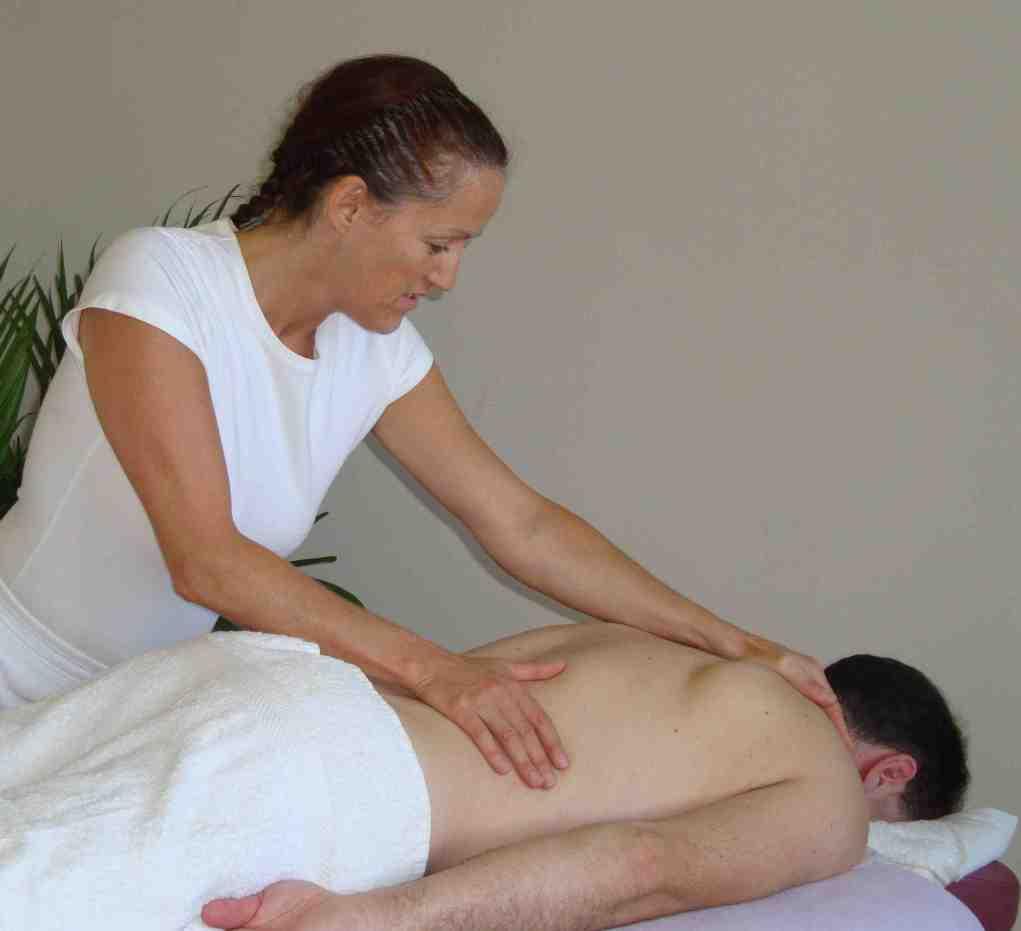 Massage bodywork aromatherapy Surbiton Kingston upon Thames therapeutic massage