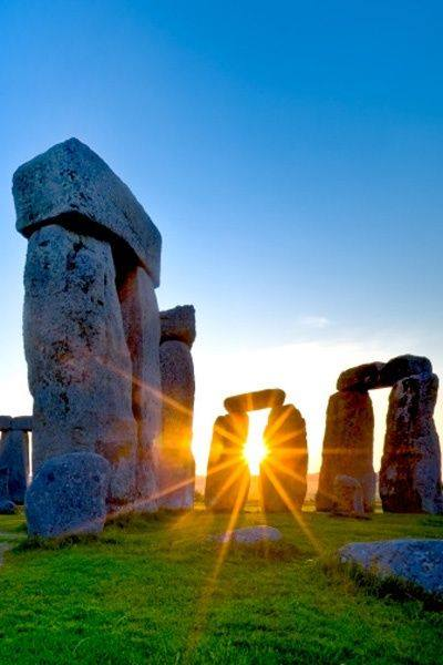 stonehenge, solfeggio sound healing, 528, 396, ascension